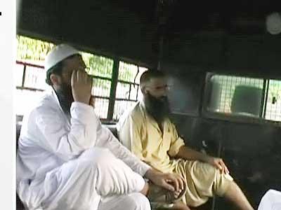Videos : यूपी : संदिग्ध आतंकी की मौत की सीबीआई जांच