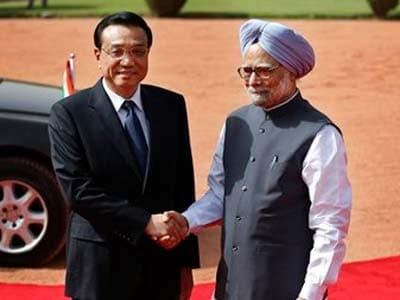 "Video : China offers India a ""handshake across the Himalayas"""