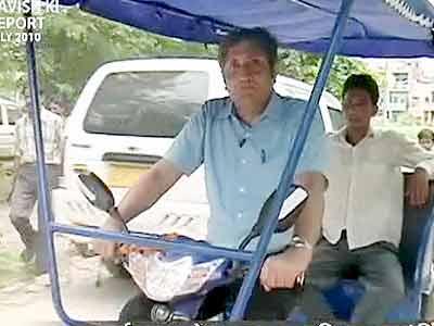 Videos : एनडीटीवी क्लासिक : सड़क पर रिक्शे के लिए जगह क्यों नहीं...