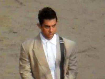 Video : Aamir to speak Bhojpuri in <i>Peekay</i>