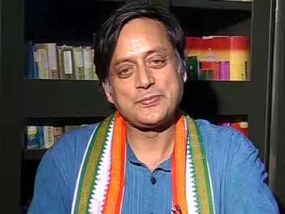 Video : Most teachers happy with new format: Tharoor on Delhi University's 4-yr course