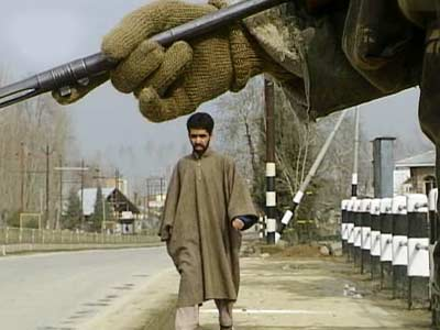 Video : Reality Bites: Private hells in Kashmir (Aired: January 2002)