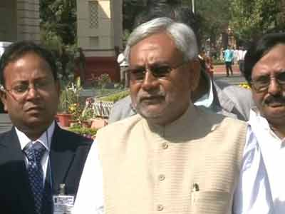 Video : Nitish Kumar looks at joining 'Eastern Bloc'