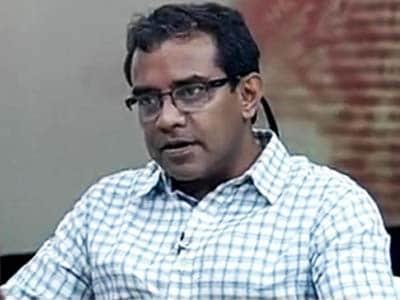 Video : Susmit Sen goes solo