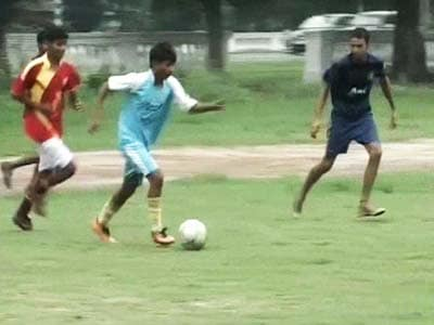 Video : Funds hiccup for sex workers' sons turned footballers