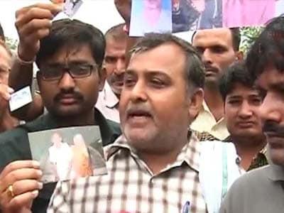 Video : Uttarakhand: Agonising wait for families of those missing