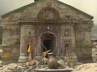 Video : See Kedarnath temple, hit by boulders as big as cars