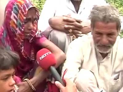 Video : Uttarakhand: pilgrims trekking to safety being looted en route