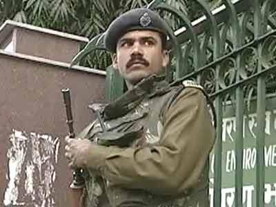 Videos : उत्तराखंड त्रासदी : अर्धसैनिक बल देंगे एक दिन का वेतन