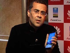Chetan Bhagat talks about Huawei Ascend Mate