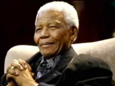 Video : South Africa prays for Nelson Mandela