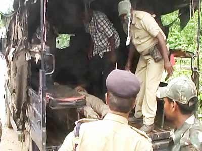 Video : Senior cop among six killed in major Naxal attack in Jharkhand