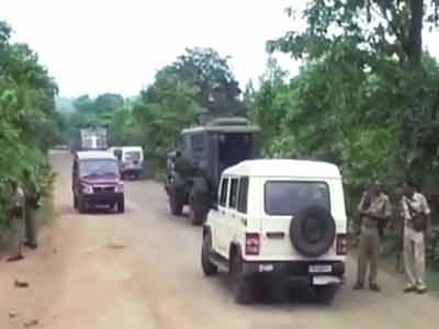 Videos : झारखंड के दुमका में नक्सली हमला