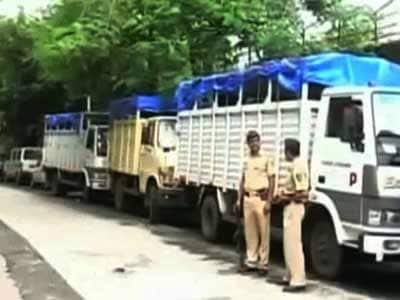 Videos : मुंबई सेंट्रल स्टेशन : 200 करोड़ नहीं, मात्र 10 करोड़ निकले