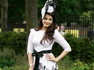 Video : Aishwarya Rai to star in a movie with Hrithik Roshan?