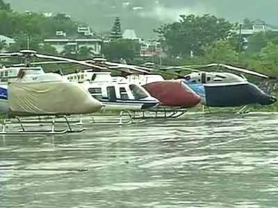 Video : Running out of food, these govt officials are stranded in Uttarakhand for 5 days