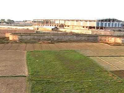 Video : Singur land should be returned to farmers: Supreme Court to Tatas