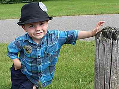 Video : A four-year-old is a mayor in this town
