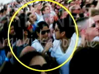 Video : Ranbir Kapoor, Katrina Kaif spotted in Spain