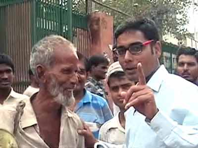 Videos : दिल्ली में 'पांच रुपये वाली थाली' की तलाश