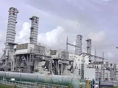 Video : दिल्लीवासियों को बिजली का झटका, पांच फीसदी बढ़ीं दरें