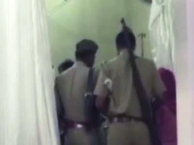 Videos : तेजाब हमले के आरोपी युवक ने की आत्महत्या
