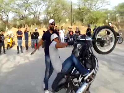 Video : Stunt biking: sport or a problem?