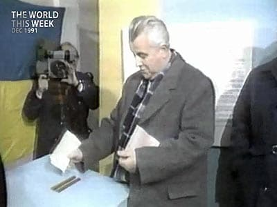 Video : The World This Week: Beginning of the end for Soviet Union? (Aired: December 1991)