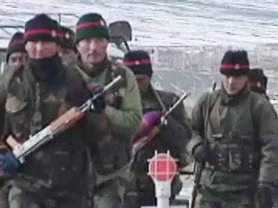 Video : एलएसी पर चीनी सैनिकों ने की उकसाने वाली कार्रवाई
