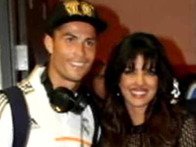 Video : Priyanka's wild night out with footballer Ronaldo