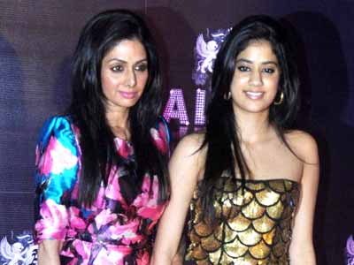 Video : Inside Sridevi's 50th birthday party