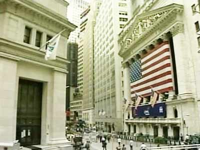 Video : Why the Fed news spooked rupee to 65