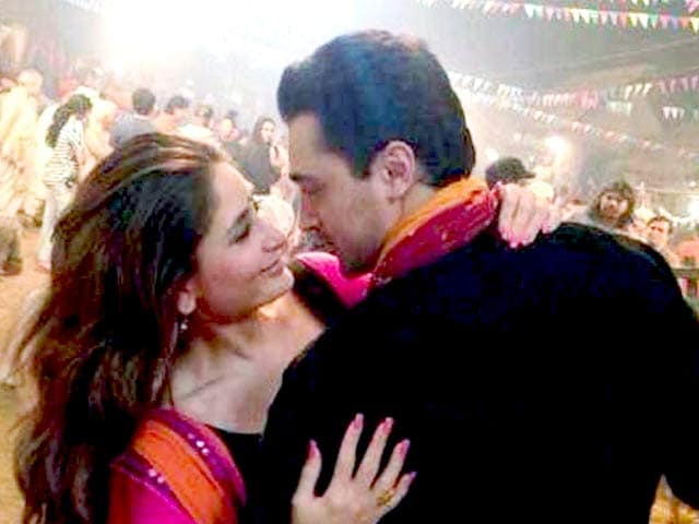 Video : Kareena busy shooting for <i>Gori Tere Pyar Mein</i>