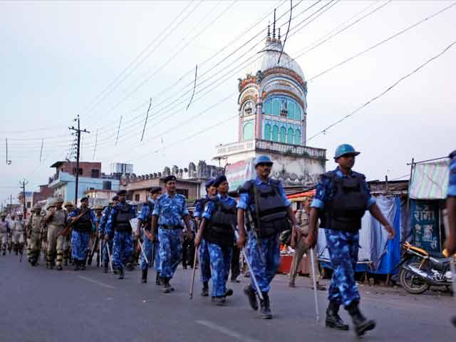 Video : VHP yatra: Ayodhya turns into fortress, 350 arrested in Uttar Pradesh