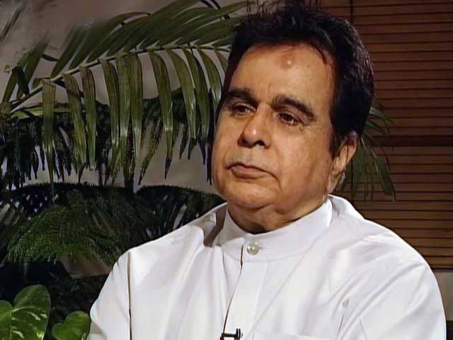 Video : Talking Heads: In conversation with Dilip Kumar (Aired: July 2000)