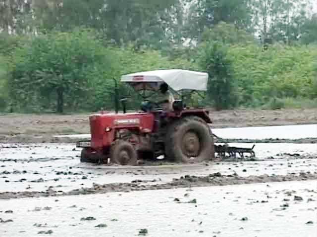 Video : Land Bill, UPA's flagship legislation, comes up in Lok Sabha today