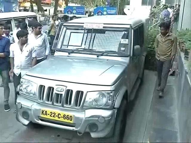 Video : Rs 1.3 Crore Stolen By Driver Of Van Carrying Cash To ATM In Bengaluru