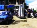 Video: तेल के खेल में आम आदमी की रेलमपेल!