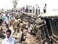 Video : Doon Express derails near Jaunpur in Uttar Pradesh; 5 killed