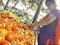 Video : 50 रुपये किलो बिक रहे टमाटर ने बिगाड़ा जायका