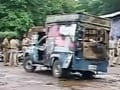 Video : Police arms stolen, woman cops molested during Mumbai clashes: Sources