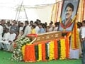 Video : Vilasrao Deshmukh's funeral in Latur today; villagers gather to pay tribute