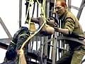 Videos : 94 घंटे बाद टॉवर से उतारा गया जवान