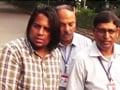 Video: पांच चेहरे, पांच नाम, एक शख्स
