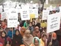 Video : Hundreds march for women's rights in Delhi