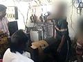 Video : कैमरे में कैद : चोरी के आरोप में तीन बच्चों पर अत्याचार