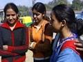 Video : रवीश की रिपोर्ट : मां-बाप की जिम्मेदारी निभाती बेटियां