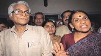 Video : Feud over George Fernandes: Court steps in