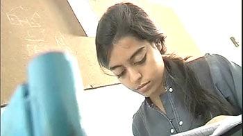 Video : No X-mas vacations for Hyderabad schools