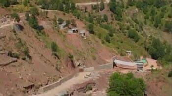 Video : Sinking village impacts Kashmir train project